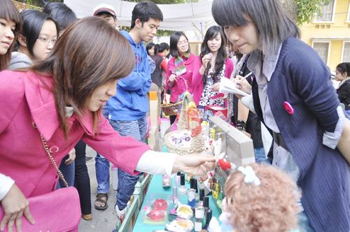 Ngày hội đồ 'làm bằng tay' của sinh viên